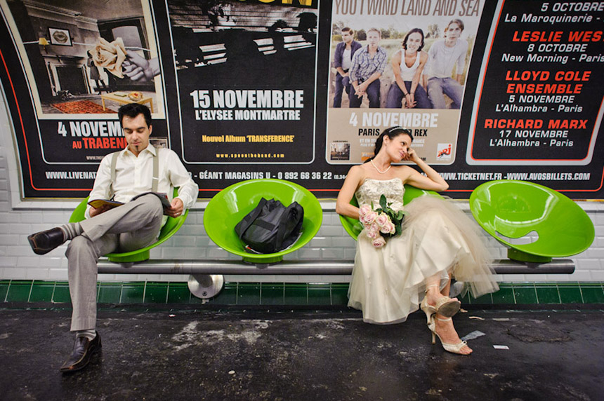 Trash the dress dans le métro parisien